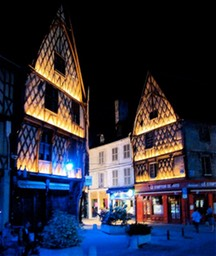 Berry-Bourges-Nuits-Lumiere-PlaceGordaine890